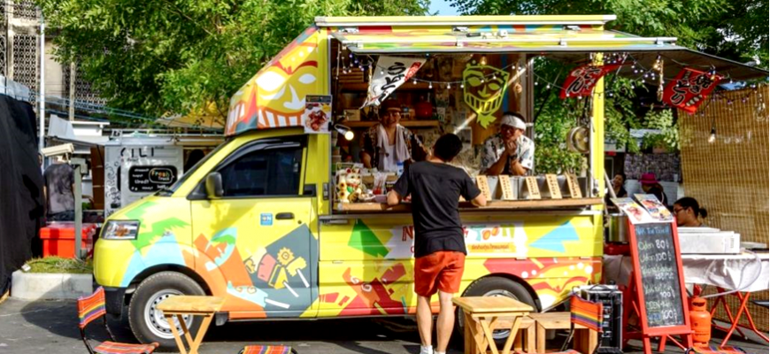 Buenos Aires to allow food trucks in neighborhoods
